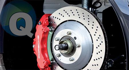 Замена тормозных колодок в автомобиле